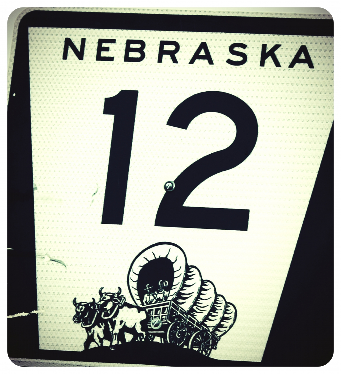 route-12-nebraska-highway-covered-wagon